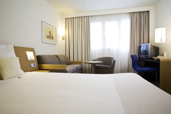 The Novotel Munich City Is Situated Near Deutsches Museum Marienplatz Square And Central Station Are 5 Minutes Away By S Bahn Train